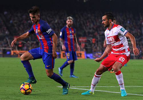 29.10.2016 Barcelona. La Liga football league. Digne breaks from the pressure of Saunier game between FC Barcelona against Granada CF at camp nou