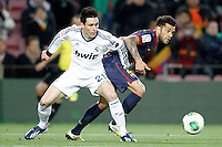 FC Barcelona's Daniel Alves (r) and Real Madrid's Jose Maria Callejon during Copa del Rey - King's Cup semifinal second match.February 26,2013. (ALTERPHOTOS/Acero) /NortePhoto