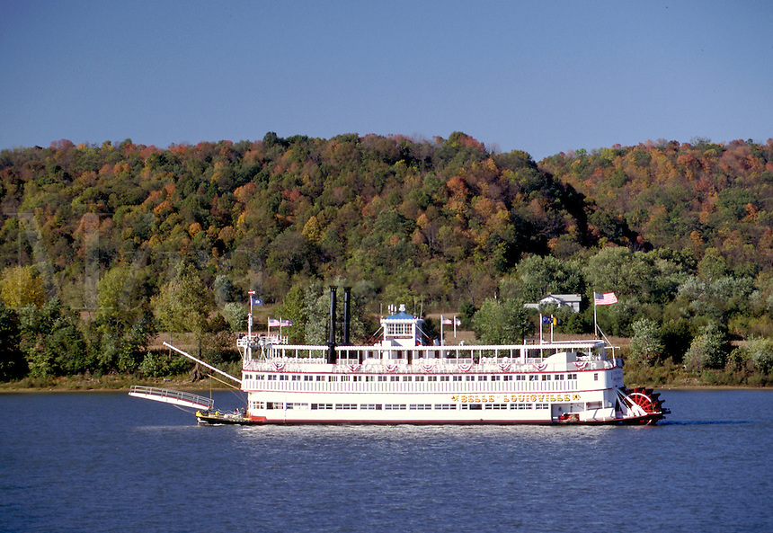 "The sternwheeler riverboat """"Belle of Louisville"""" passing Carrollton, Kentucky on the Ohio River. Carrollton Kentucky."