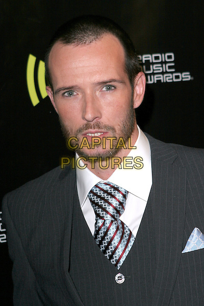 SCOTT WEILAND - VELVET REVOLVER.2005 Radio Music Awards - Arrivals held at the Aladdin Hotel, Las Vegas, Nevada..December 19th, 2005.Photo: Zach Lipp/AdMedia/Capital Pictures.Ref: ZL/ADM.headshot portrait beard facial hair.www.capitalpictures.com.sales@capitalpictures.com.© Capital Pictures.