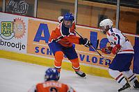 IJSHOCKEY: HEERENVEEN: Thialf, IIHF Ice Hockey U18 World Championship, 03-04-12, Nederland - Kroatie, enige Fries Mark Hoekstra (#3), Luka Vukoja (#19) ©foto Martin de Jong