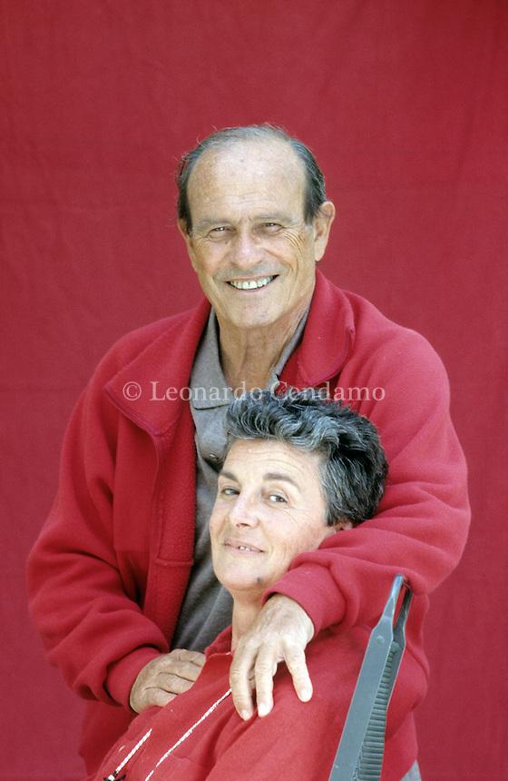 Giorgio Bocca e Silvia Giacomoni..Valle d\'Aosta ( La Salle ) 1990.  © Leonardo Cendamo