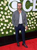 Jeremy Piven at CBS TV's Summer Soiree at CBS TV Studios, Studio City, CA, USA 01 Aug. 2017<br /> Picture: Paul Smith/Featureflash/SilverHub 0208 004 5359 sales@silverhubmedia.com