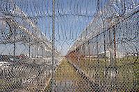 USA. Angola. 20th April 2008.Razor wire at Angola..©Andrew Testa