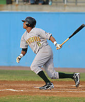 July 16, 2009: Infielder Jose De Los Santos (6) of the Lynchburg Hillcats, Carolina League affiliate of the Pittsburgh Pirates, in a game at G. Richard Pfitzner Stadium in Woodbridge, Va. Photo by: Tom Priddy/Four Seam Images
