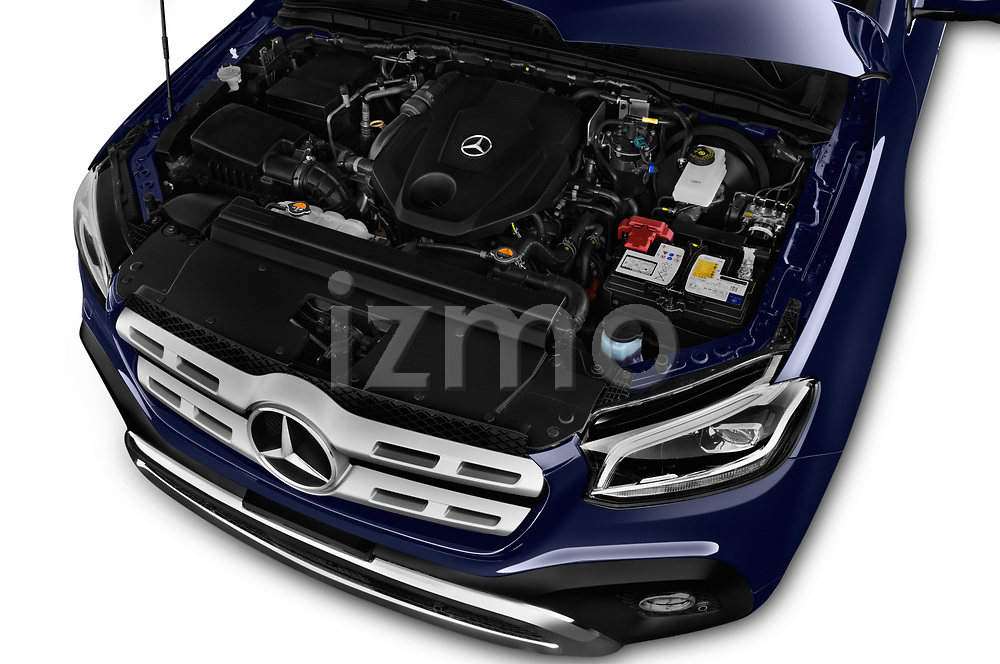 Car stock 2018 Mercedes Benz X Class Power 4 Door Pick Up engine high angle detail view
