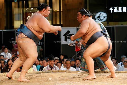 Sumo wrestlers participate in a special Grand Sumo Tournament held in the KITTE commercial complex located in front of Tokyo Station on August 27, 2017, Tokyo, Japan. Hakkiyoi KITTE is a sumo themed event where wrestlers take part in a special tournament to promote the culture of sumo wrestling. (Photo by Rodrigo Reyes Marin/AFLO)