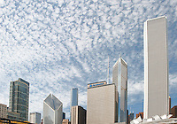 "A ""popcorn"" cloud sky sits over the Chicago skline from Millenium Park in December"