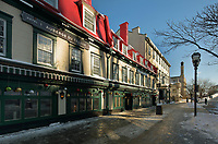 Auberge du Tresor, a hotel in a historic 17th century building on the Rue Sainte-Anne in Vieux-Quebec or the old town of Quebec City, Quebec, Canada. The Historic District of Old Quebec is listed as a UNESCO World Heritage Site. Picture by Manuel Cohen