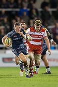 29th September 2017, AJ Bell Stadium, Salford, England; Aviva Premiership Rugby, Sale Sharks versus Gloucester; Sale Sharks' Sam James makes a break with the ball