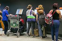 SÃO PAULO, SP, 11.01.2019: AEROPORTO DE CONGONHAS -SP- Movimentação intensa de passageiros no aeroporto de Congonhas, na zona Sul da capital Paulista, nesta sexta-feira(11). (Foto: Marivaldo Oliveira/Código19)