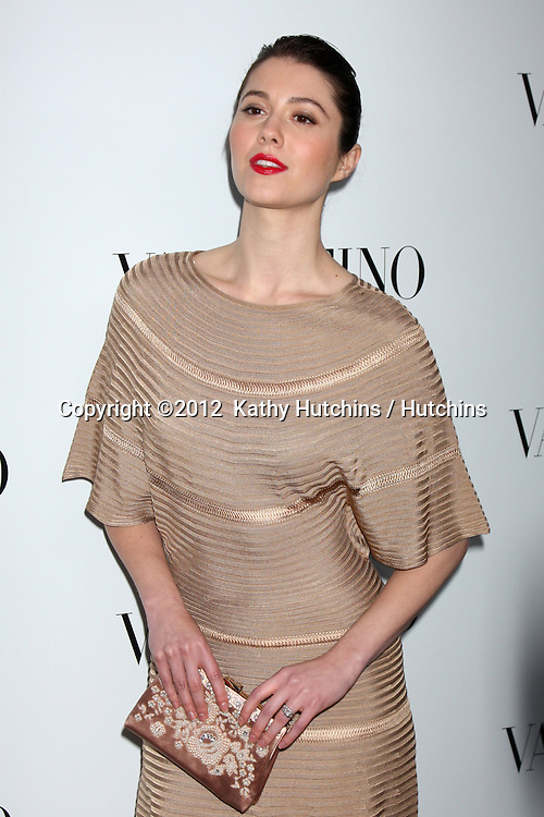LOS ANGELES - MAR 27:  Mary Elizabeth Winstead Valentino Beverly Hills Opening at the Valentino Store on March 27, 2012 in Beverly Hills, CA
