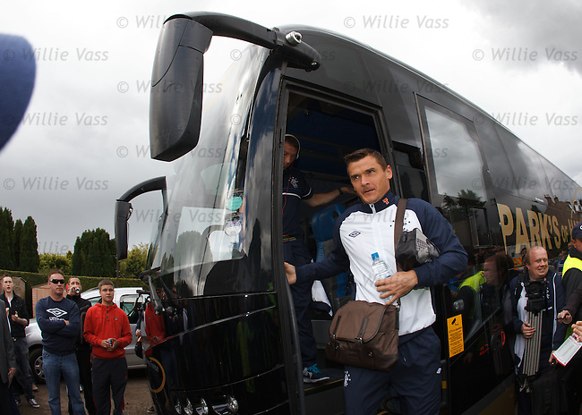 Lee McCulloch arrives at Brechin