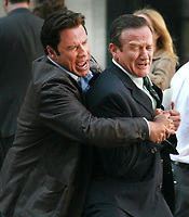 John Travolta And Robin Williams <br /> filming on the movie set of ''Old Dog'<br /> 2007<br /> Photo By John Barrett/PHOTOlink.net