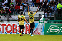 MANIZALES -COLOMBIA, 19-05-2013. Nelson Barahona del Itagüi celebra un gol en contra del Once Caldas  durante partido de la fecha 16 Liga Postobón 2013-1./ Nelson Barahona of Itagüi a goal against Once Caldas  during match of the 16th date of Postobon  League 2013-1. Photo: VizzorImage/JJ Bonilla/STR