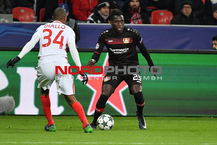 07.12.2016, BayArena, Leverkusen, Gruppe E, GER, Bayer 04 Leverkusen (GER) vs. AS Monaco (FRA)<br /> im Bild:<br /> ABDOU DIALLO (AS Monaco #34) gegen Danny da Costa (Leverkusen #23),<br /> <br /> <br /> <br /> Foto &copy; nordphoto / Meuter