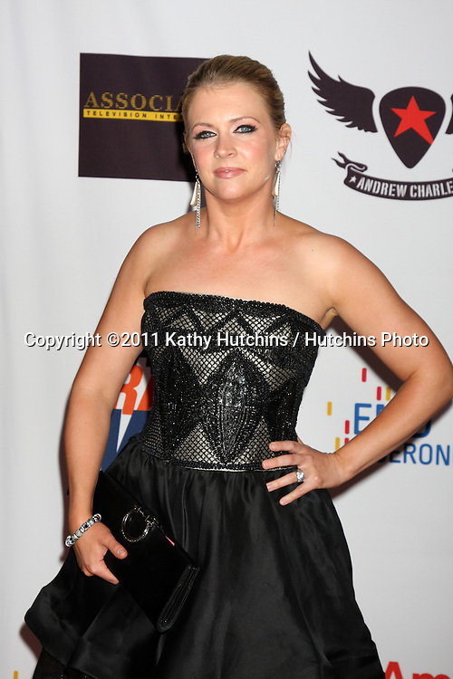 LOS ANGELES - APR 29:  Melissa Joan Hart arriving at the 18th Race to Erase MS Event at Century Plaza Hotel on April 29, 2011 in Century City, CA..