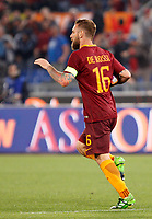 Calcio, Serie A: Roma vs Juventus. Roma, stadio Olimpico, 14 maggio 2017. <br /> Roma's Daniele De Rossi celebrates after scoring during the Italian Serie A football match between Roma and Juventus at Rome's Olympic stadium, 14 May 2017. Roma won 3-1.<br /> UPDATE IMAGES PRESS/Riccardo De Luca