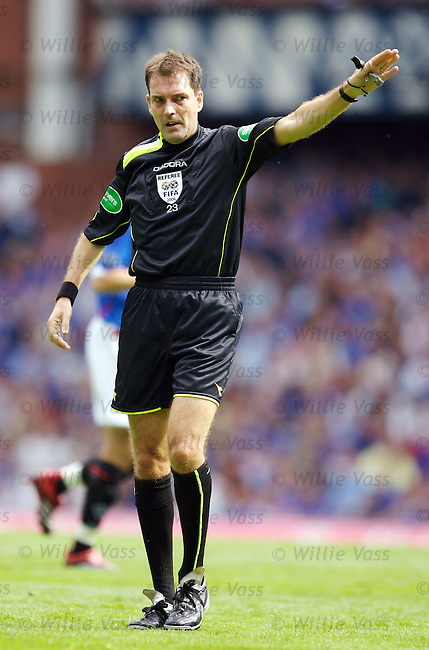 Dougie McDonald, referee.stock season 2006-2007.pic willie vass