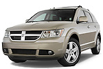 Low aggressive front three quarter view of a 2009 Dodge journey RT