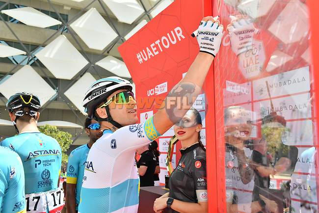 Kazak Champion Alexey Lutsenko (KAZ) Astana Pro Team at sign on before Stage 5 the Al Ain Water Stage of the UAE Tour 2020 running 162km from Al Ain to Jebel Hafeet, Dubai. 27th February 2020.<br /> Picture: LaPresse/Massimo Paolone | Cyclefile<br /> <br /> All photos usage must carry mandatory copyright credit (© Cyclefile | LaPresse/Massimo Paolone)