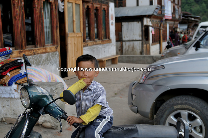 A bhutanese child at Jakar town in Bumthang, Bhutan. Arindam Mukherjee.
