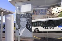 - France, French Riviera, Cannes: bus stop with portraits of famous movie actors<br /> <br /> - Francia, Costa Azzurra, Cannes: fermata di autobus con i volti dei pi&ugrave; famosi attori del cinema