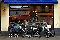 Cafes catering to young mothers on maternity leave are hugely popular. The cafes are rated on the internet according to how baby-friendly they are..In contrast to most European countries, the Norwegian birth rate is a healthy 1.9. Norway's reputation as a child friendly society is partially founded on a succession of government initiatives to improve parents' rights and economic circumstances.