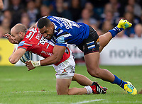 Gloucester Rugby's Charlie Sharples is tackled by Bath Rugby's Joe Cokanasiga<br /> <br /> Photographer Bob Bradford/CameraSport<br /> <br /> Gallagher Premiership - Bath Rugby v Gloucester Rugby - Saturday September 8th 2018 - The Recreation Ground - Bath<br /> <br /> World Copyright &copy; 2018 CameraSport. All rights reserved. 43 Linden Ave. Countesthorpe. Leicester. England. LE8 5PG - Tel: +44 (0) 116 277 4147 - admin@camerasport.com - www.camerasport.com