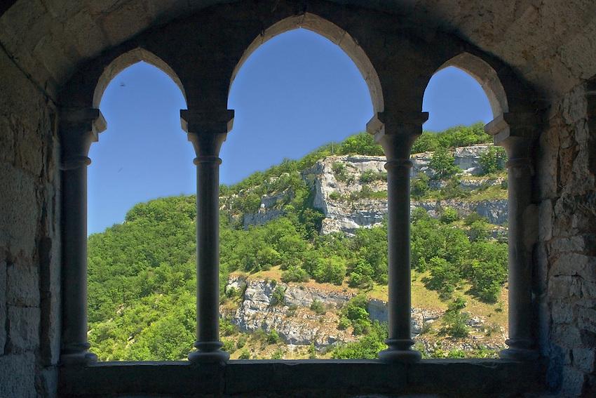 Causse et le canyon de l'Alzou vue de la salle des gardes