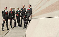 Fechten Fechtsport Herrenteam Säbel in Abendrobe .  Foto: aif / Norman Rembarz..Jegliche kommerzielle wie redaktionelle Nutzung ist honorar- und mehrwertsteuerpflichtig! Persönlichkeitsrechte sind zu wahren. Es wird keine Haftung übernommen bei Verletzung von Rechten Dritter. Autoren-Nennung gem. §13 UrhGes. wird verlangt. Weitergabe an Dritte nur nach  vorheriger Absprache. Online-Nutzung ist separat kostenpflichtig..