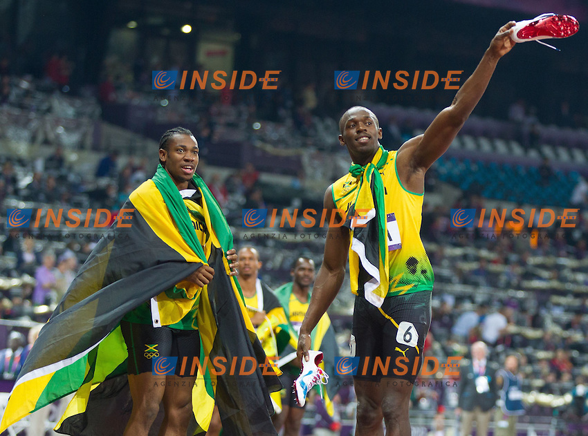 11.08.2012, Olympia Stadion, London, GBR, Olympia 2012, 4 x 100m Staffel, Herren, Finale, im Bild Team Jamaica Nesta Carter (JAM), Michael Frater (JAM), Yohan Blake (JAM), Usain Bolt (JAM) // Team Jamaica Nesta Carter (JAM), Michael Frater (JAM), Yohan Blake (JAM), Usain Bolt (JAM) after Men's 4 x 100m Relay Final at the 2012 Summer Olympics at Olympic Stadium, London, United Kingdom on 2012/08/11. EXPA Pictures © 2012, PhotoCredit: EXPA/ Johann Groder# .Olimpiadi Londra 2012.London 2012 Olympic Games.foto Insidefoto - Italy ONLY