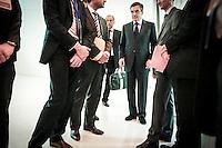 Rassemblement militant autour de François Fillon, candidat à la présidence de l' UMP, au Palais des Congrès à Paris. Lundi 12 novembre 2012 - 2012©Jean-Claude Coutausse / french-politics pour Le Monde