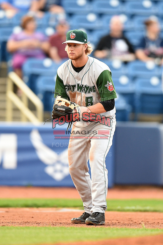 Fort Wayne TinCaps third baseman Dustin Peterson (8) during a game against the Lake County Captains on August 21, 2014 at Classic Park in Eastlake, Ohio.  Lake County defeated Fort Wayne 7-8.  (Mike Janes/Four Seam Images)