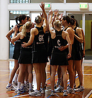 SILVER FERNS TRAINING 161012