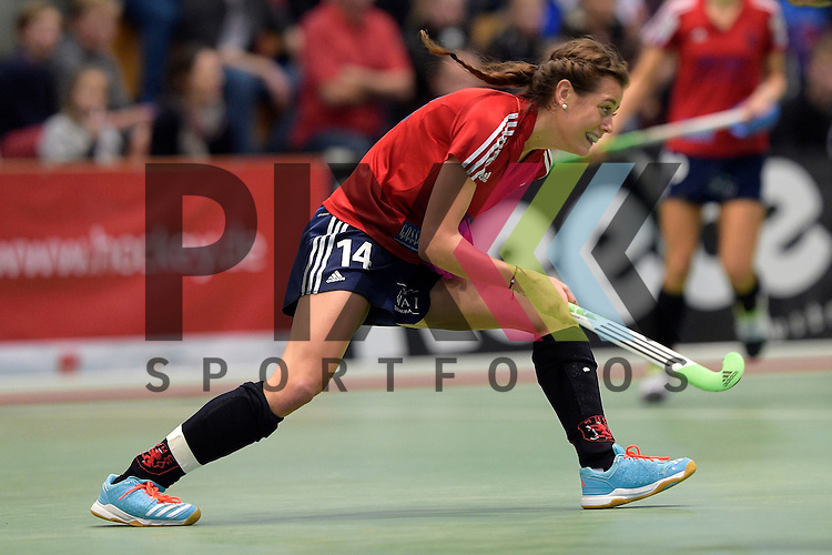 GER - Luebeck, Germany, February 06: During the 1. Bundesliga Damen indoor hockey semi final match at the Final 4 between Berliner HC (blue) and Duesseldorfer HC (red) on February 6, 2016 at Hansehalle Luebeck in Luebeck, Germany. Final score 1-3 (HT 0-1).  Selin Oruz #14 of Duesseldorfer HC<br /> <br /> Foto &copy; PIX-Sportfotos *** Foto ist honorarpflichtig! *** Auf Anfrage in hoeherer Qualitaet/Aufloesung. Belegexemplar erbeten. Veroeffentlichung ausschliesslich fuer journalistisch-publizistische Zwecke. For editorial use only.