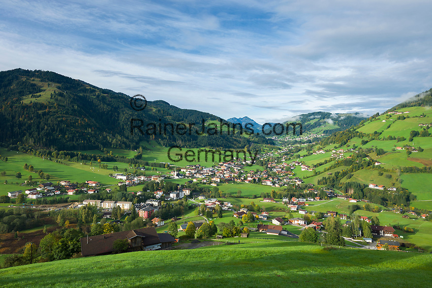 Austria, Tyrol, Wildschoenau: high valley at Kitzbuehel Alps, district Niederau, background district Oberau | Oesterreich, Tirol, Wildschoenau: Hochtal in den Kitzbueheler Alpen bei Woergl, Kirchdorf Niederau, im Hintergrund Kirchdorf Oberau