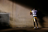 William Gay #22 of the Pittsburgh Steelers takes a moment to himself in the tunnel prior to the Wild Card playoff game against the Cincinnati Bengals at Paul Brown Stadium on January 9, 2016 in Cincinnati, Ohio. (Photo by Jared Wickerham/DKPittsburghSports)