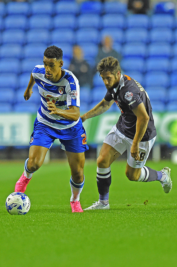 Reading's Nick Blackman (L) battles with Derby County's Jacob Butterfield (R)<br /> <br /> Photographer David Horton/CameraSport<br /> <br /> Football - The Football League Sky Bet Championship - Reading v Derby County - Tuesday 15th September 2015 - Madejski Stadium - Reading<br /> <br /> &copy; CameraSport - 43 Linden Ave. Countesthorpe. Leicester. England. LE8 5PG - Tel: +44 (0) 116 277 4147 - admin@camerasport.com - www.camerasport.com