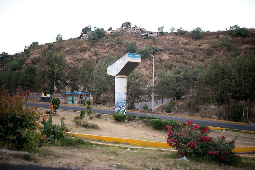 Drive by series from San Jose de los Laureles Tlayacapan, to Mexico City.