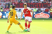 Marco Fabian (Eintracht Frankfurt) gegen Fabian Frei (1. FSV Mainz 05) - 13.05.2017: 1. FSV Mainz 05 vs. Eintracht Frankfurt, Opel Arena, 33. Spieltag