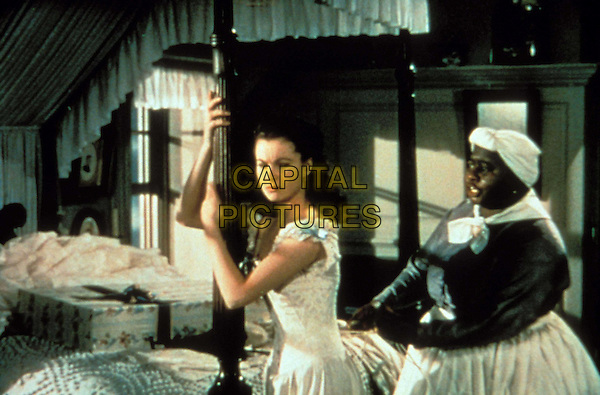 VIVIEN LEIGH & HATTIE McDANIEL.in Gone With The Wind .Filmstill - Editorial Use Only.Ref: 7611.CAP/AWFF.Supplied by Capital Pictures