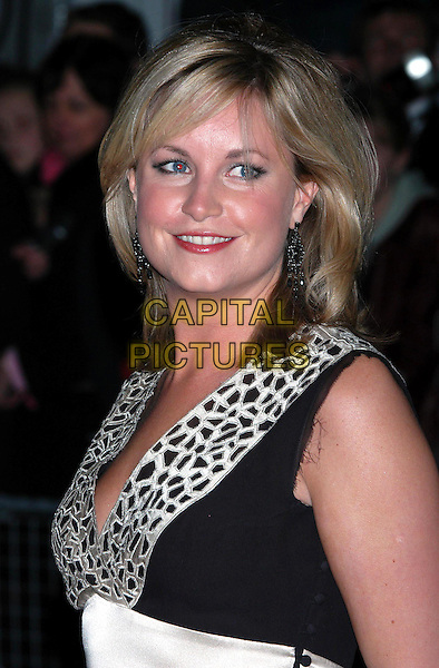 KIM MEDCALF  .National Television Awards 2003, Royal Albert Hall.www.capitalpictures.com.sales@capitalpictures.com.©Capital Pictures