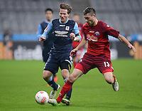 Fussball 2. Bundesliga:  Saison   2012/2013,    16. Spieltag  TSV 1860 Muenchen - SC Paderborn  27.11.2012 Benjamin Lauth (li, 1860 Muenchen) gegen Christian Strohdiek (SC Paderborn 07)