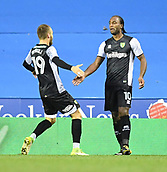 30th September 2017, Madejski Stadium, Reading, England; EFL Championship football, Reading versus Norwich City; Cameron Jerome of Norwich City celebrates scoring Norwich City's second goal in the 52nd minute for 1-2