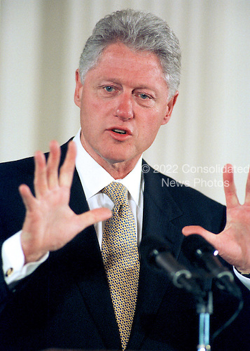 """United States President Bill Clinton makes opening remarks at the """"White House Conference on Teenagers: Raising Responsible and Resourceful Youth"""" in Washington, DC on 2 May, 2000.<br /> Credit: Ron Sachs / CNP"""