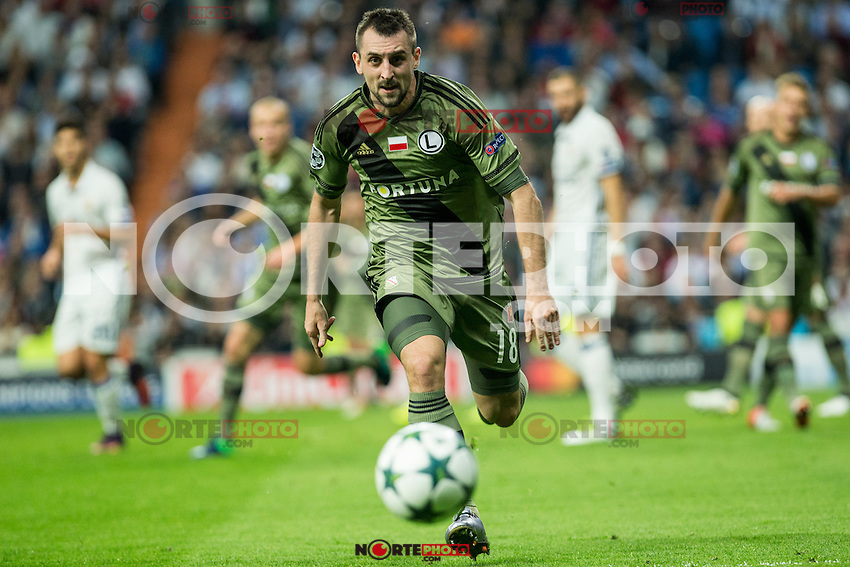 Legia Warszawa's Michal Kucharczyk during the match of UEFA Champions League group stage between Real Madrid and Legia de Varsovia at Santiago Bernabeu Stadium in Madrid, Spain. October 18, 2016. (ALTERPHOTOS/Rodrigo Jimenez) /NORTEPHOTO.COM