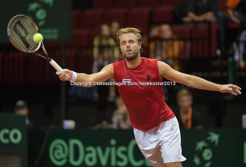 13-sept.-2013,Netherlands, Groningen,  Martini Plaza, Tennis, DavisCup Netherlands-Austria, First Rubber,  Oliver Marach (AUT) <br /> Photo: Henk Koster