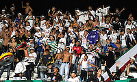 MANIZALES-COLOMBIA-02 -11-2013 : Hinchas del Once Caldas alientan a su equipo. Partido entre  Once Caldas y el Deportes Quindio  , durante encuentro  por la fecha 17 de la Liga Postobon II-2013 ,jugado en el estadio Paologrande de  la ciudad de Manizales./Once Caldas fans encourage their team. Match between Once Caldas and Deportes Quindio, during the meeting of the League on 17 Postobon II-2013, played at the stadium Paologrande of Manizales.Photo:VizzorImage / Santiago Osorio / Stringer