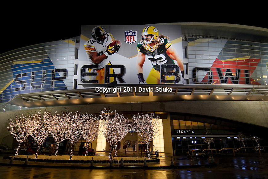 A general view outside Cowboys Stadium, the site of National Football League's Super Bowl XLV football game on February 5, 2011 in Arlington,Texas. (AP Photo/David Stluka)